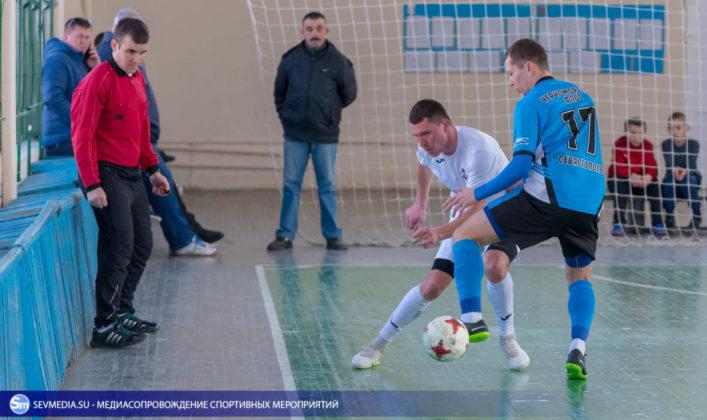 25032018 10 707x420 - Завершился чемпионат Севастополя по футзалу 2018 года