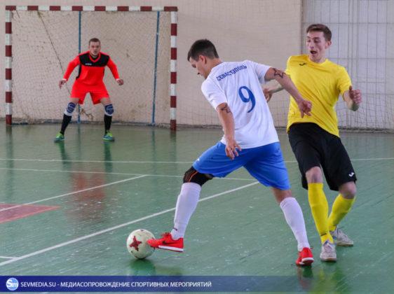 25032018 117 562x420 - Завершился чемпионат Севастополя по футзалу 2018 года
