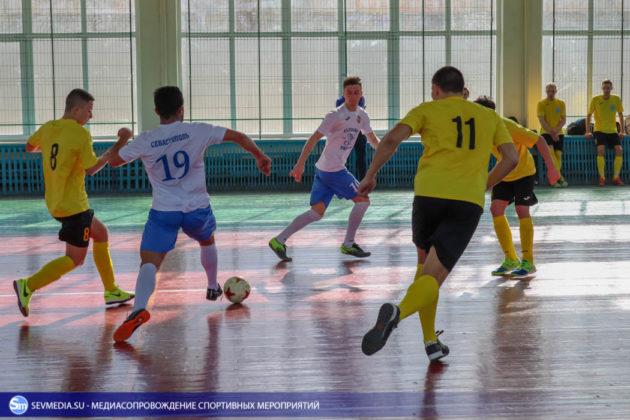 25032018 123 630x420 - Завершился чемпионат Севастополя по футзалу 2018 года