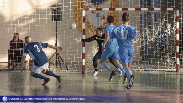 25032018 162 747x420 - Завершился чемпионат Севастополя по футзалу 2018 года