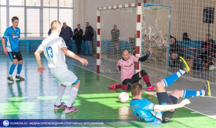 25032018 21 706x420 - Завершился чемпионат Севастополя по футзалу 2018 года