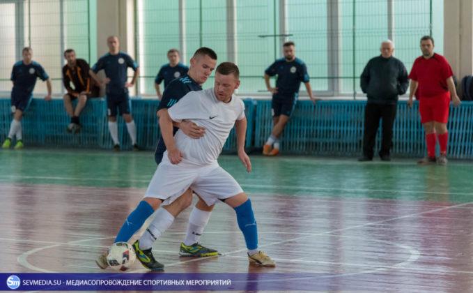 25032018 211 679x420 - Завершился чемпионат Севастополя по футзалу 2018 года