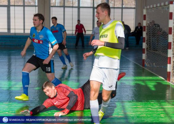 25032018 59 587x420 - Завершился чемпионат Севастополя по футзалу 2018 года