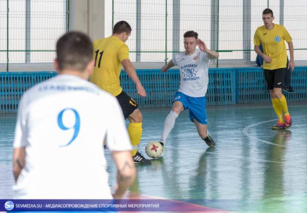 25032018 70 603x420 - Завершился чемпионат Севастополя по футзалу 2018 года