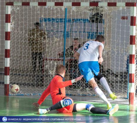 25032018 72 467x420 - Завершился чемпионат Севастополя по футзалу 2018 года