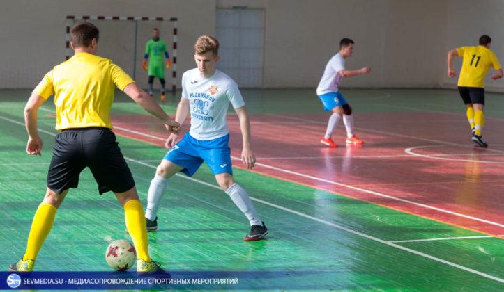 25032018 74 723x420 - Завершился чемпионат Севастополя по футзалу 2018 года
