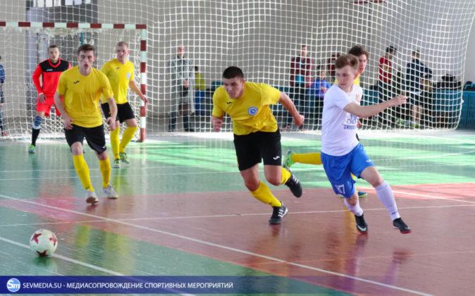 25032018 89 674x420 - Завершился чемпионат Севастополя по футзалу 2018 года