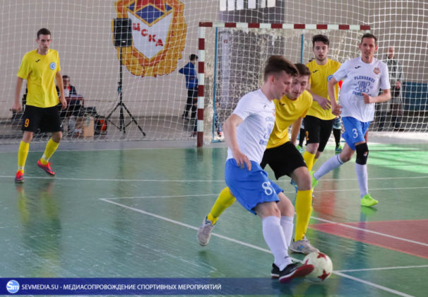 25032018 96 606x420 - Завершился чемпионат Севастополя по футзалу 2018 года