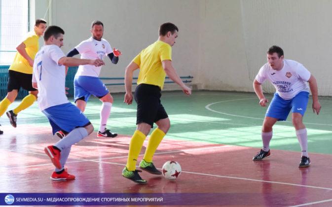 25032018 98 673x420 - Завершился чемпионат Севастополя по футзалу 2018 года