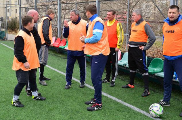 Завершился турнир по мини-футболу среди ветеранов 40+