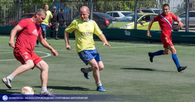 ban 8531 800x420 - «Штаб ЧФ» и «Зенит» - победители Турнира города Севастополя среди ветеранов 40+ и 50+ по мини-футболу
