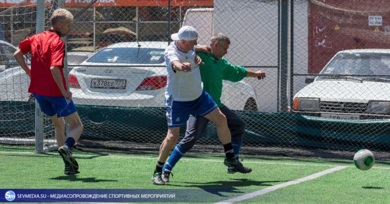 ban 9321 803x420 - «Штаб ЧФ» и «Зенит» - победители Турнира города Севастополя среди ветеранов 40+ и 50+ по мини-футболу