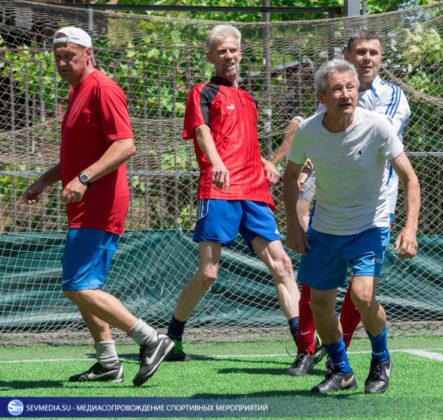 ban 9418 443x420 - «Штаб ЧФ» и «Зенит» - победители Турнира города Севастополя среди ветеранов 40+ и 50+ по мини-футболу