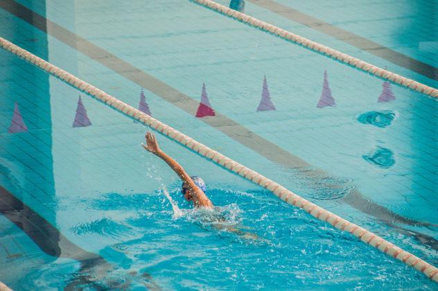 dsc 0811 632x420 - В севастопольском филиале МГУ проходит открытый турнир по плаванию