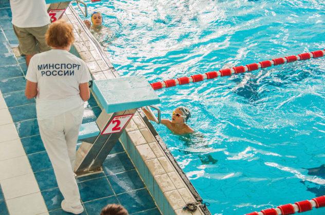 dsc 0841 632x420 - В севастопольском филиале МГУ проходит открытый турнир по плаванию