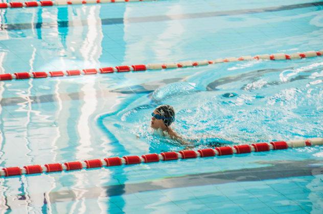 dsc 0888 632x420 - В севастопольском филиале МГУ проходит открытый турнир по плаванию