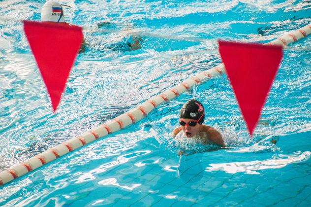 dsc 0993 632x420 - В севастопольском филиале МГУ проходит открытый турнир по плаванию