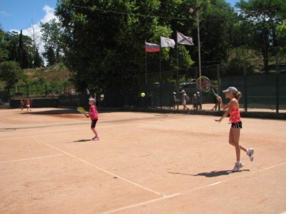phoca thumb l 1.7.18 4 560x420 - Результаты детского турнира по теннису в парном разряде «Июльский дуплет - 2018»