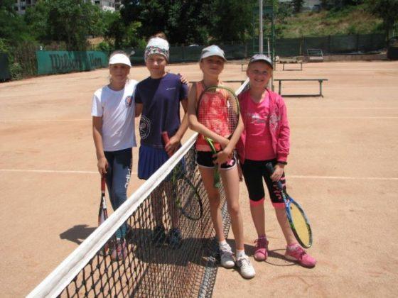 phoca thumb l 1.7.18 6 560x420 - Результаты детского турнира по теннису в парном разряде «Июльский дуплет - 2018»