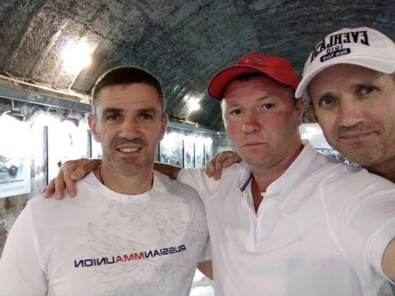 qoabc7varzu 560x420 - Севастополь посетил легенда российского бокса Андрей Гоголев