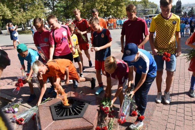 dsc 0118 630x420 - Севастопольские юные футболисты получили традиционное напутствие перед началом нового сезона