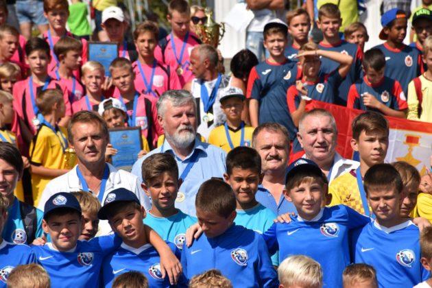 dsc 0168 630x420 - Севастопольские юные футболисты получили традиционное напутствие перед началом нового сезона
