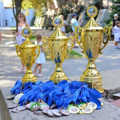 dsc 6138 423x420 - Севастопольские юные футболисты получили традиционное напутствие перед началом нового сезона