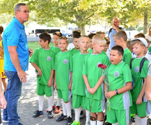 dsc 6188 507x420 - Севастопольские юные футболисты получили традиционное напутствие перед началом нового сезона