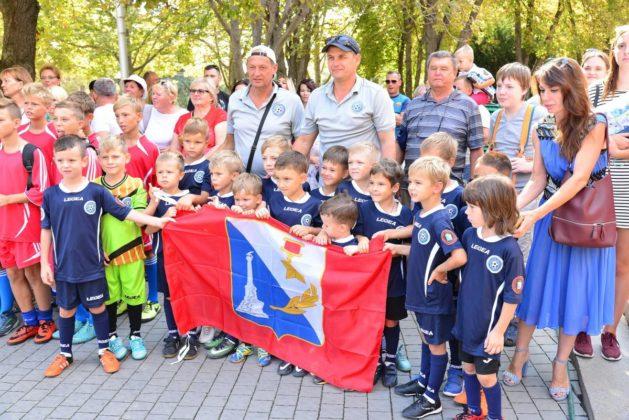 dsc 6268 629x420 - Севастопольские юные футболисты получили традиционное напутствие перед началом нового сезона
