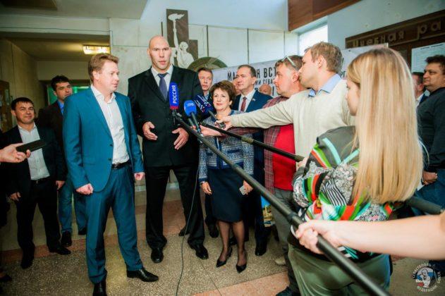 В Севастополе состоялась матчевая встреча по боксу между командами Севастополя и Санкт-Петербурга на призы Николая Валуева