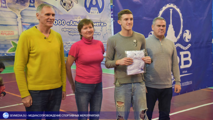 dsc 5773 747x420 - Сборная команда Черноморского флота - победитель Открытого чемпионата Севастополя по волейболу 2018 года