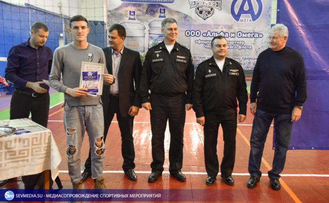 dsc 5809 678x420 - Сборная команда Черноморского флота - победитель Открытого чемпионата Севастополя по волейболу 2018 года