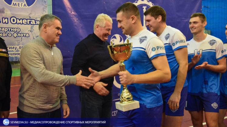 dsc 5884 747x420 - Сборная команда Черноморского флота - победитель Открытого чемпионата Севастополя по волейболу 2018 года