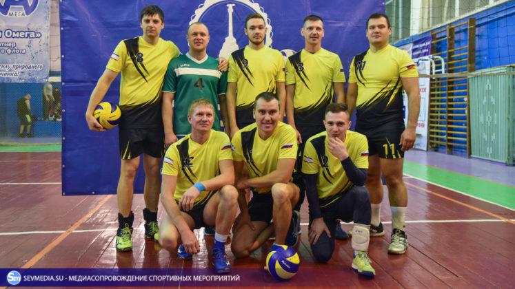 dsc 6020 747x420 - Сборная команда Черноморского флота - победитель Открытого чемпионата Севастополя по волейболу 2018 года