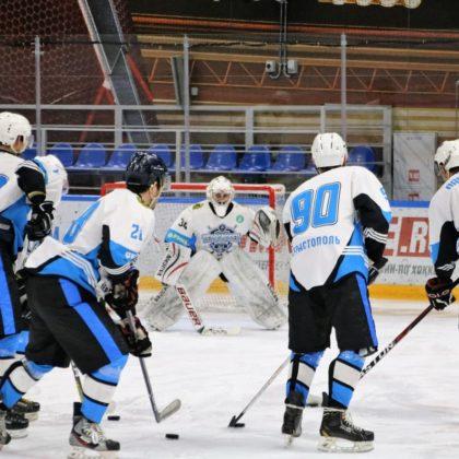 ХК «Черноморец» лидирует в новом сезоне Хоккейной Лиги Военнослужащих