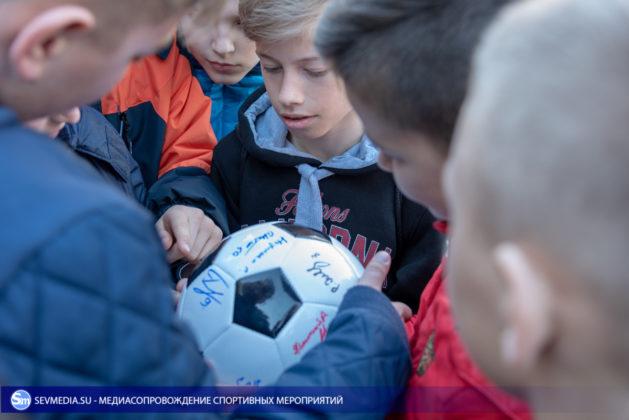 Севастопольские школьники получили традиционное напутствие перед отъездом на всероссийские соревнования