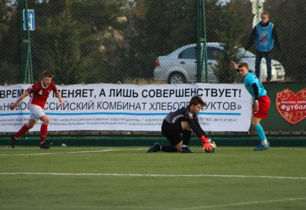 21032019 17 612x420 - Сборная СевГУ одержала победу во втором матче весенней части НСФЛ