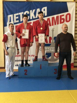 dkoonveloj0 315x420 - В Севастополе прошел I этап регионального турнира «Детская лига самбо»