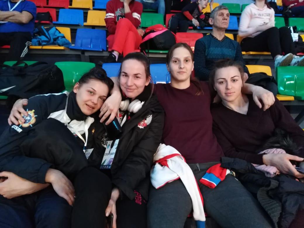 В Кемерове завершился Чемпионат России по боксу среди женщин. У Елены Гапешиной - «бронза»