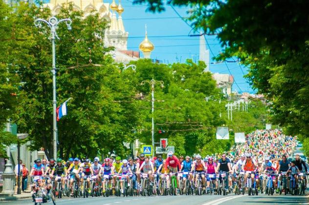 3097 632x420 - Росгвардейцы приняли участие в тематическом велопробеге в Севастополе