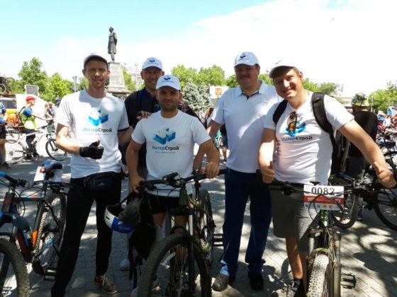 img 20190526 wa0013 560x420 - Росгвардейцы приняли участие в тематическом велопробеге в Севастополе
