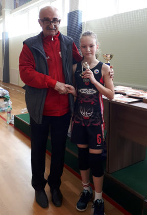 lsu78svcsrg 288x420 - Девочки СК «Муссон» - бронзовые призеры Всероссийского турнира по баскетболу!