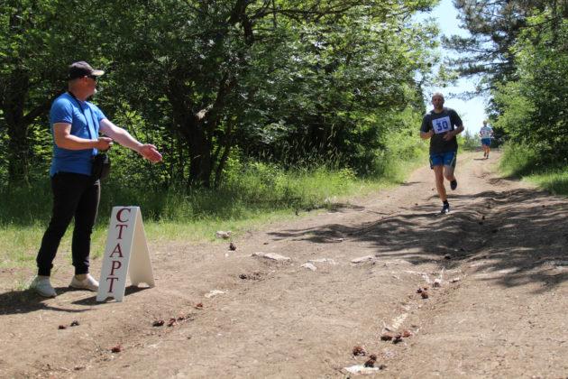 01062019 17 630x420 - Росгвардейцы заняли призовые места на межведомственных соревнованиях по легкоатлетическому кроссу в Севастополе