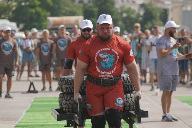zed08225 630x420 - В Севастополе стартовал Международный фестиваль силового экстрима «Евразийские игры»