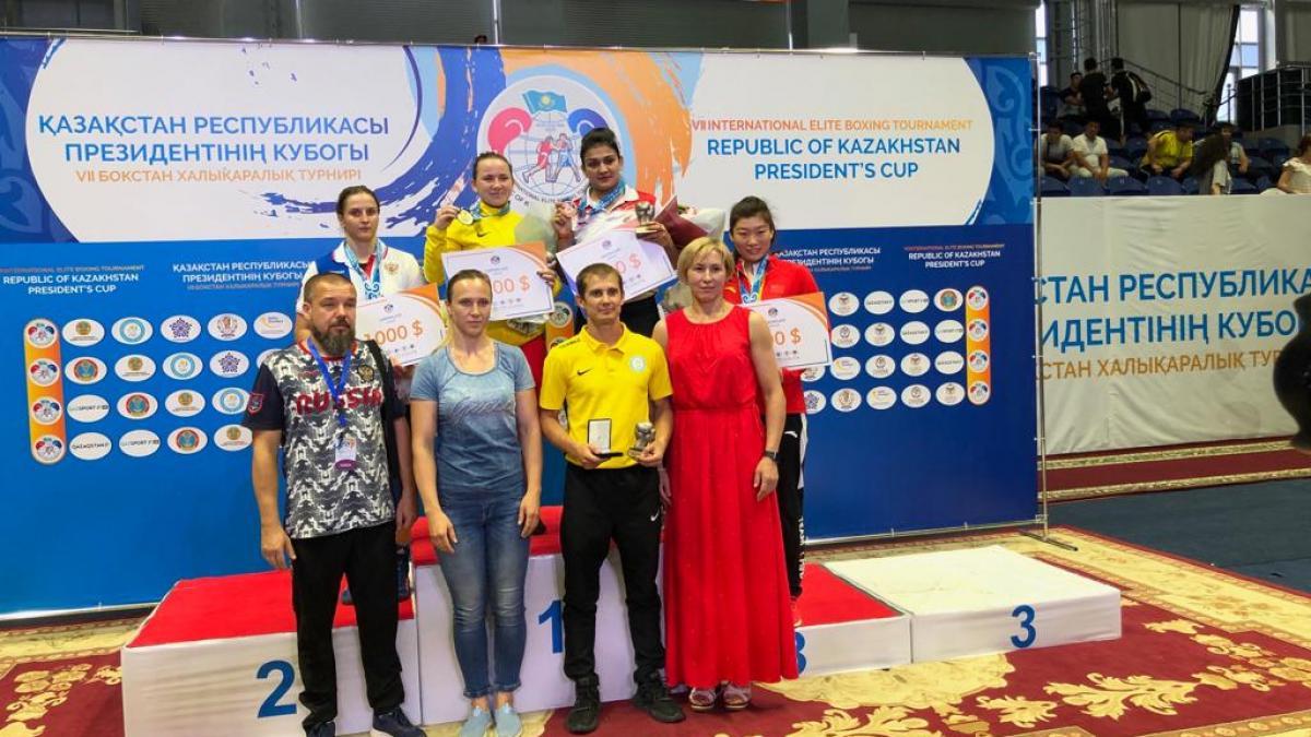 Севастопольская спортсменка Елена Гапешина стала второй на Кубке президента Казахстана по боксу