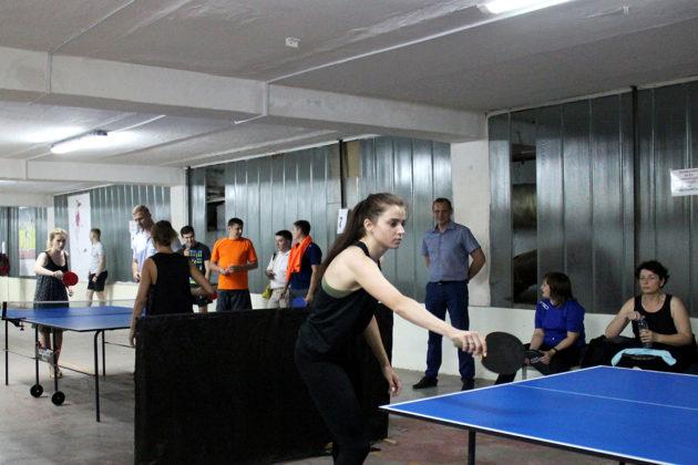 img 8516 630x420 - Команда севастопольского полка Росгвардии выиграла региональные соревнования по настольному теннису