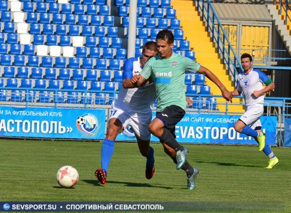 10082019 sevcup 22 573x420 - Кубок города по футболу остается у «Черноморца»