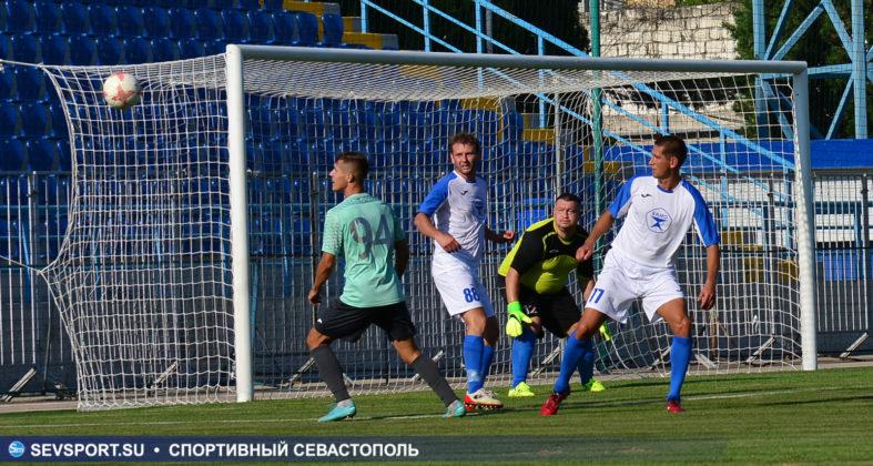 10082019 sevcup 26 787x420 - Кубок города по футболу остается у «Черноморца»