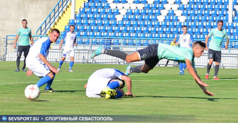 10082019 sevcup 29 810x420 - Кубок города по футболу остается у «Черноморца»