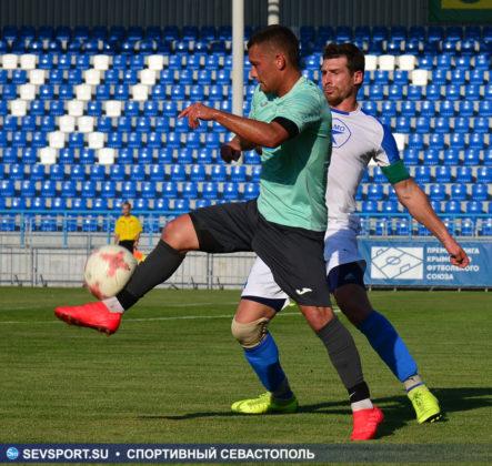 10082019 sevcup 32 443x420 - Кубок города по футболу остается у «Черноморца»